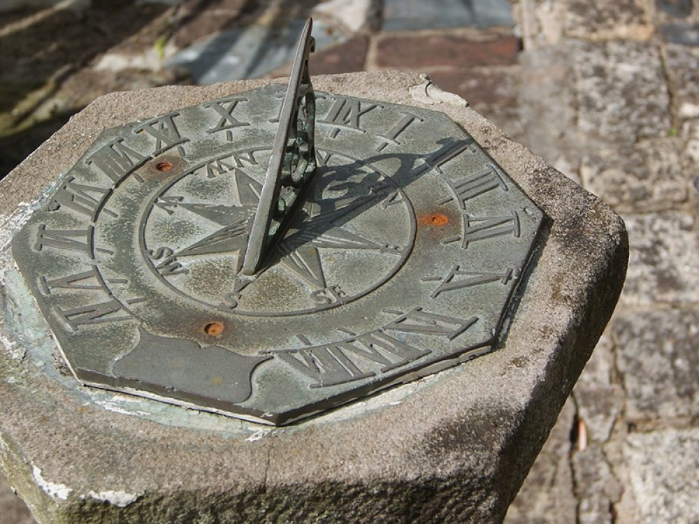 Sundial STEAM activity