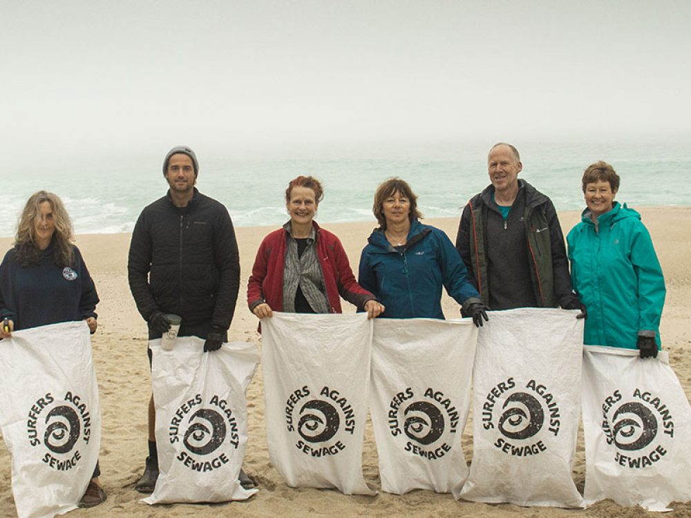 Team of cleaners of the Planet PK beach clean
